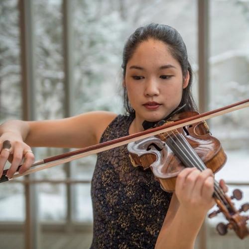 Cher Liu - violin